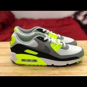 Nike AirMax 90 Women Volt